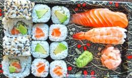 Wasabi Sushi Sushi Box 4 - 1ks Nigiri losos, 1ks Nigiri eb, 4ks Avokádo maki, 4ks Sake maki, 4ks California sezam