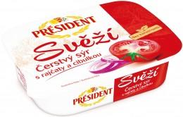 Président Svěží čerstvý sýr s rajčaty a cibulkou
