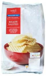 Marks & Spencer Mírně solené vroubkované bramborové lupínky se sníženým obsahem tuku