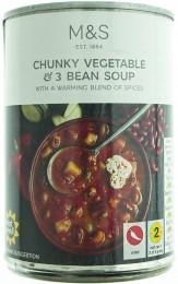 Marks & Spencer Zeleninová polévka se třemi druhy fazolí a chilli