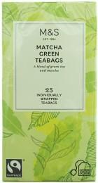 Marks & Spencer Porcovaná směs zeleného čaje a granulovaného zeleného čaje Matcha