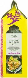 Marks & Spencer Rýžové nudle, pasta Pad Thai a drcené arašídy na přípravu Pad Thai