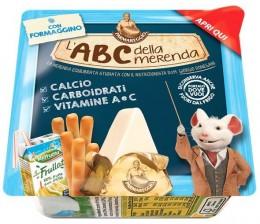 Parmareggio L'ABC Snack Tavený sýr, tyčinky a ovocný nápoj