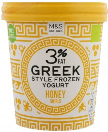 Marks & Spencer Mražený nízkotučný jogurt řeckého typu s medem