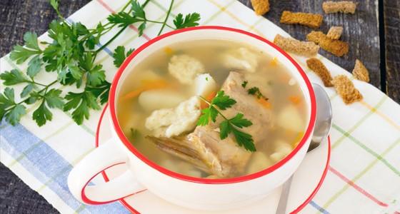 Rybí polévka s nočky