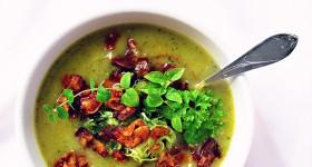 Cuketová polévka s vegan slaninou