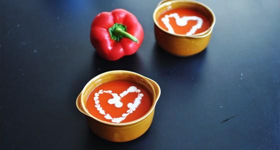 Polévka zpečených paprik schilli