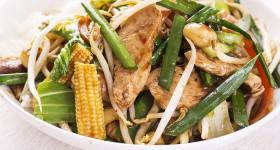 Asijská kuřecí směs se zeleninou