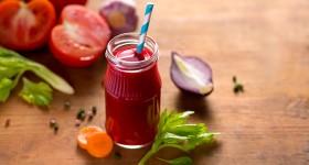 Zeleninové smoothie s řepou, mrkví a celerem