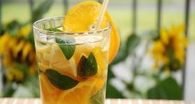 Ovocný ledový čaj