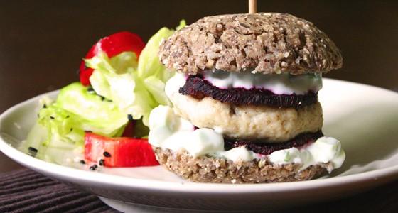 Fitness burger s kuřecím masem