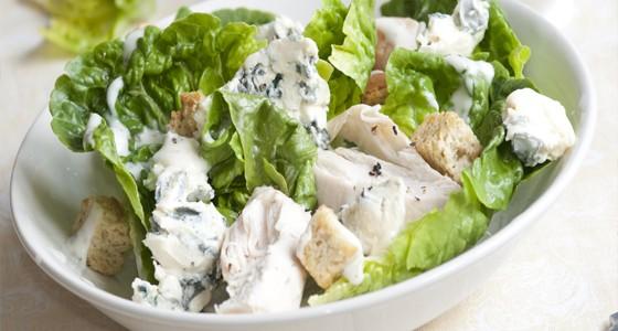 Kuřecí salát s nivou
